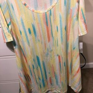 Large lularoe perfect t